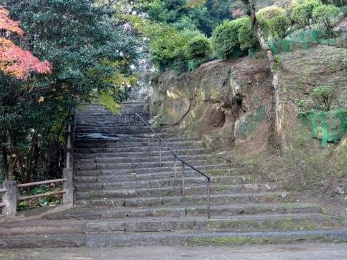 1諫早城入り口 (1200x900)
