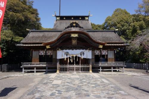 4飯野八幡拝殿 (1200x800)
