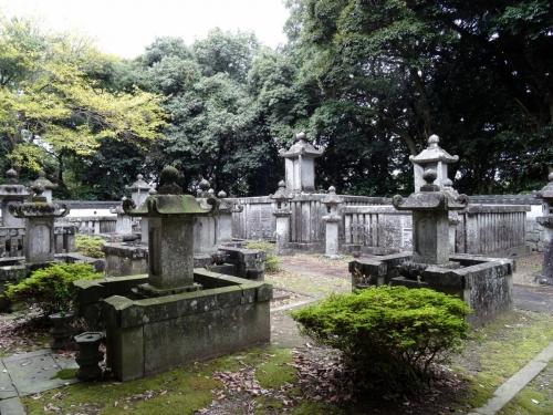 6松平家墓所 (1200x900)