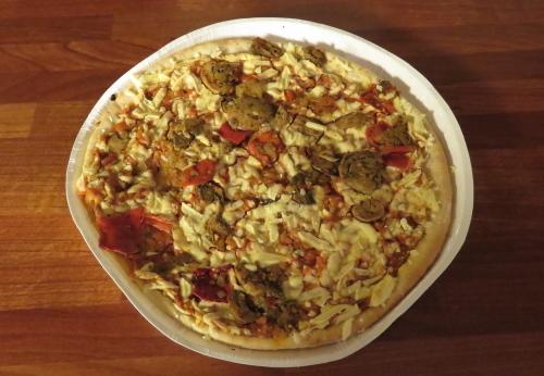 フィンランド ベジタブルピザ
