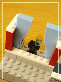 LEGOBikeShopandCafe75.jpg
