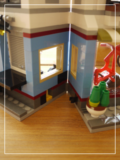 LEGOBikeShopandCafe82.jpg