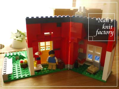 LEGOCottage2013-28.jpg