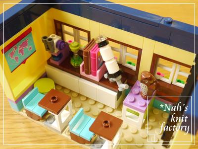 LEGOHeartLakeSchool19.jpg