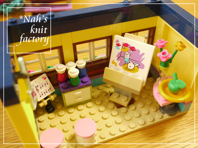LEGOHeartLakeSchool28.jpg