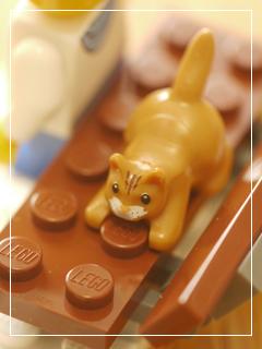 LEGOWinterVillageMarket10.jpg