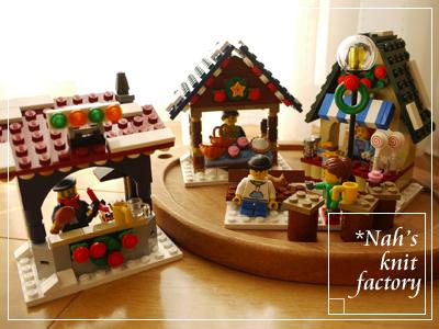 LEGOWinterVillageMarket19.jpg