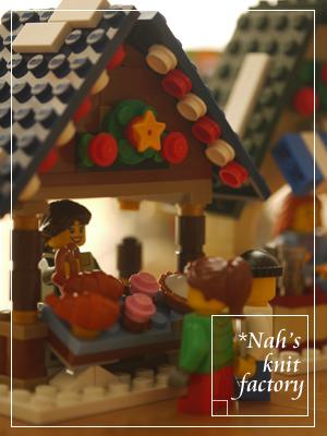 LEGOWinterVillageMarket20.jpg