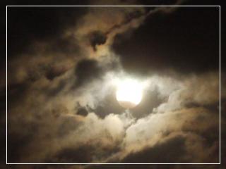 eclipsMoon02.jpg