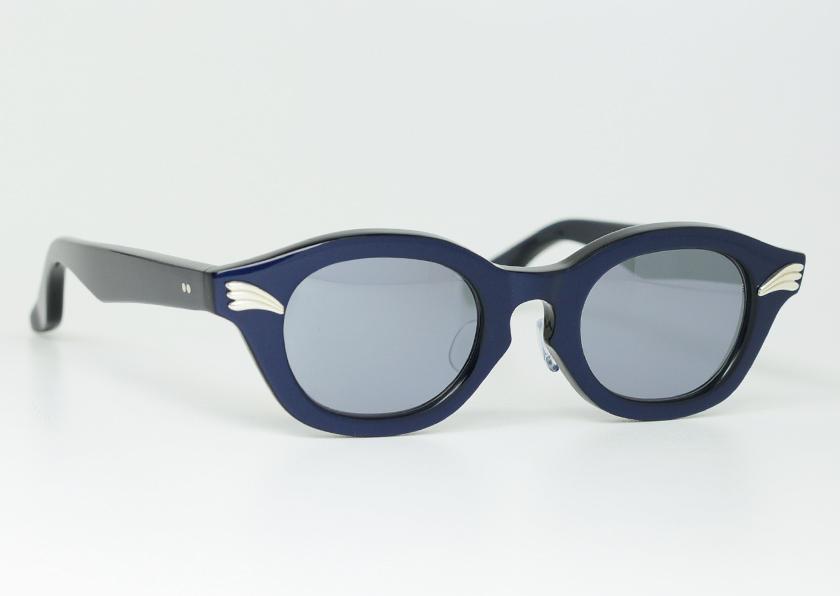 groover-elwood-stoplight-blue1.jpg