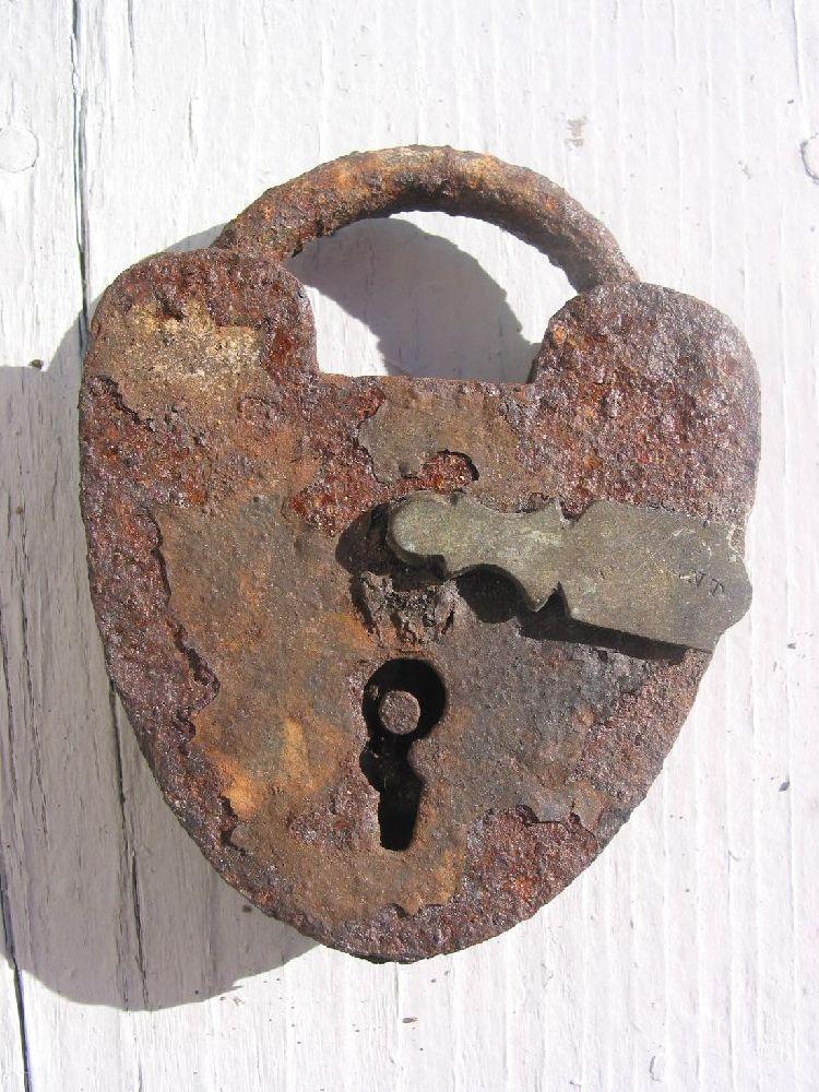 lock15.jpg