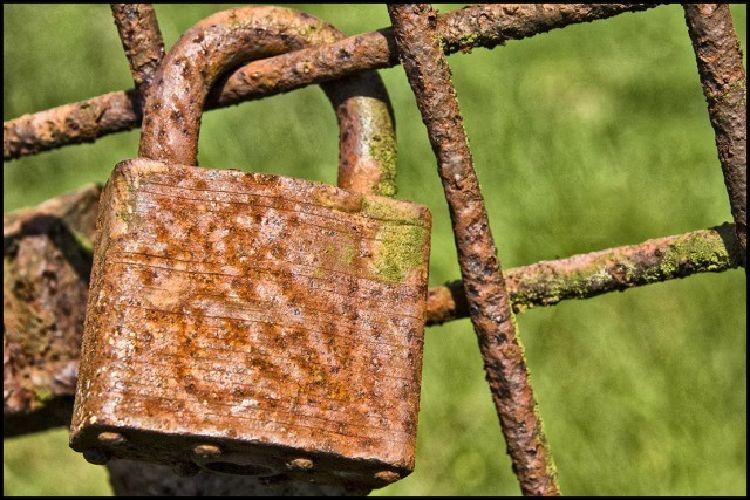 lock24.jpg