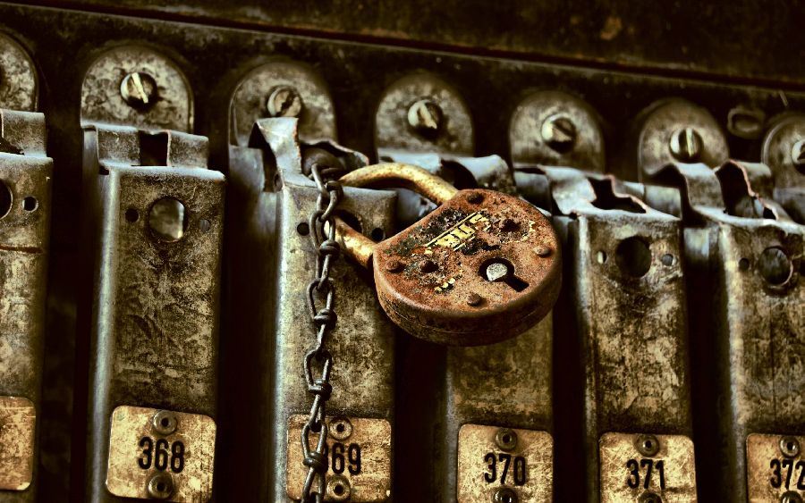 padlock8up.jpg