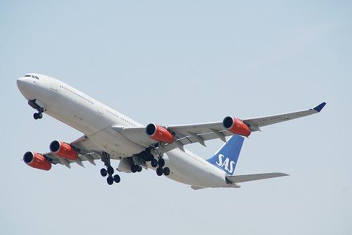 A380-0412-93.jpg