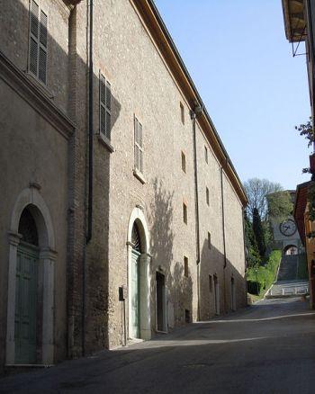 479px-Castiglione_delle_Stiviere-Teatro_Socialeqawsedzxcvbnmklkoiuuy.jpg