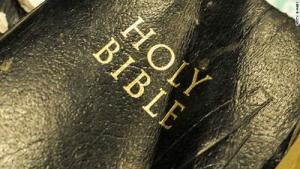 holy-bible_s.jpg