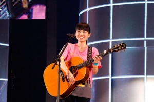 news_large_miwa_live0309_01.jpg