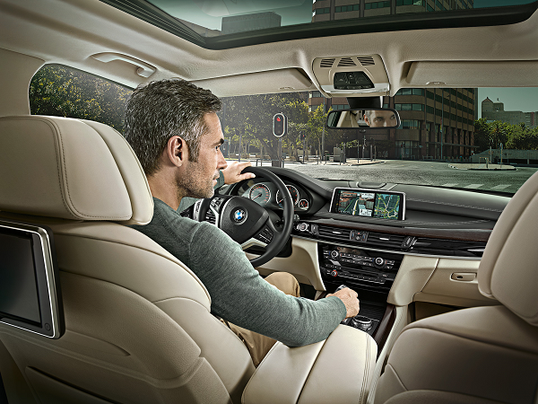 BMW-X5_600x450_02.png