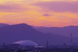 黄昏の札幌ドーム