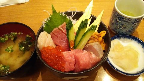 0758 贅沢丼