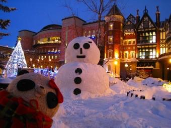 白い恋人パークの雪だるま