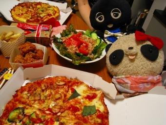 ピザで誕生会