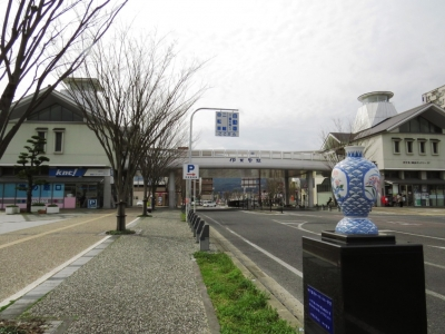 JR伊万里駅とMR伊万里駅