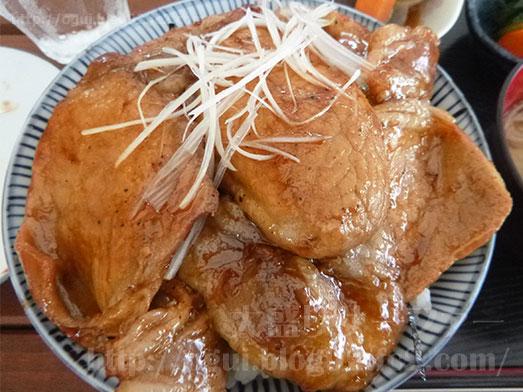 館山ランチコンテナキッチンで豚丼大盛り028