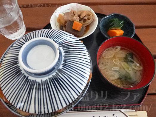 館山ランチコンテナキッチンで豚丼大盛り036