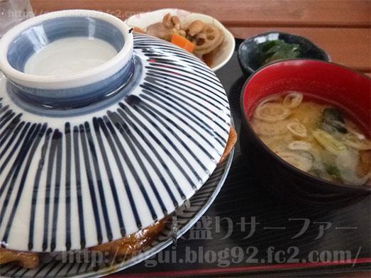 館山ランチコンテナキッチンで豚丼大盛り037