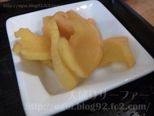 新宿ねこ膳でミックス唐揚げ定食020