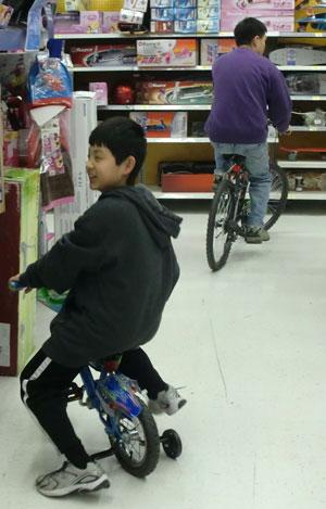 bikes04061403.jpg
