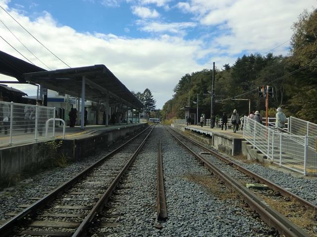 清里駅ホームでの眺め(甲斐大泉方面)
