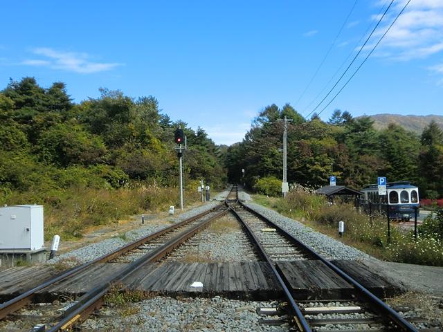 清里駅ホームでの眺め(野辺山方面)