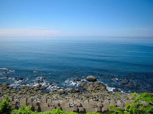 オホーツク海の青い海