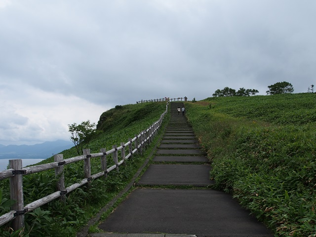 展望台への上り道
