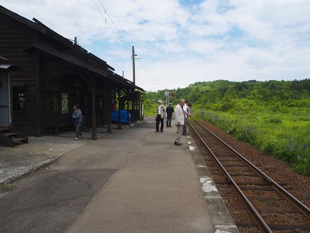 恵比島駅のホーム