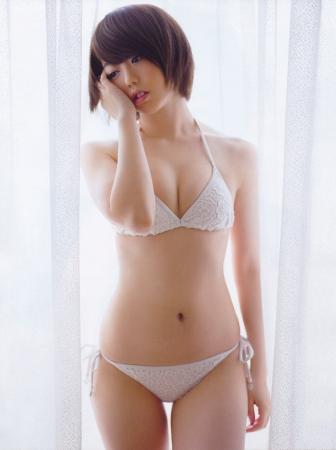 峯岸みなみ004