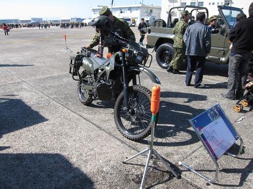 小牧オープンベース 偵察用オートバイ