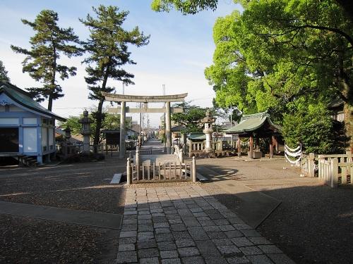 木曽川川上り 堤治神社境内
