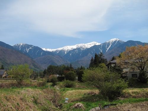 木曽川川上り 道の駅日義木曽駒高原から望む木曽駒ヶ岳