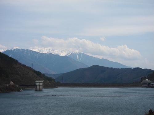 木曽川川上り 奥木曽湖と木曽駒ヶ岳