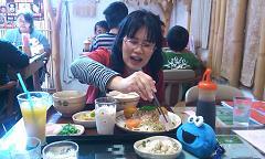 どぅなん初めての外食