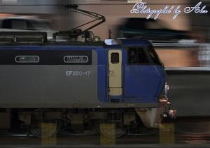 1052レ(=EF200-17牽引)