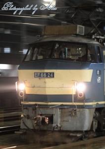 ?レ(=EF66-24牽引)