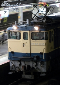 工9380レ(=EF65-1135牽引)