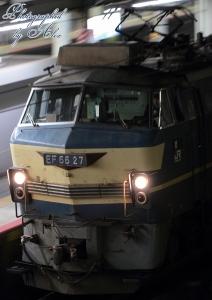 5056レ(=EF66-27牽引)