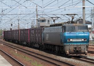 7090レ(=EF200-9牽引)