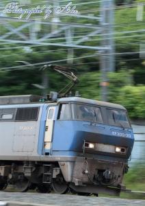 1054レ(=EF200-20牽引)
