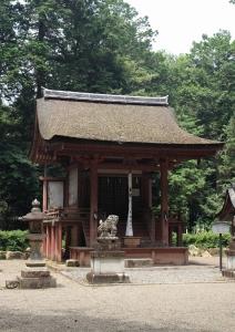 苗村神社・東本殿